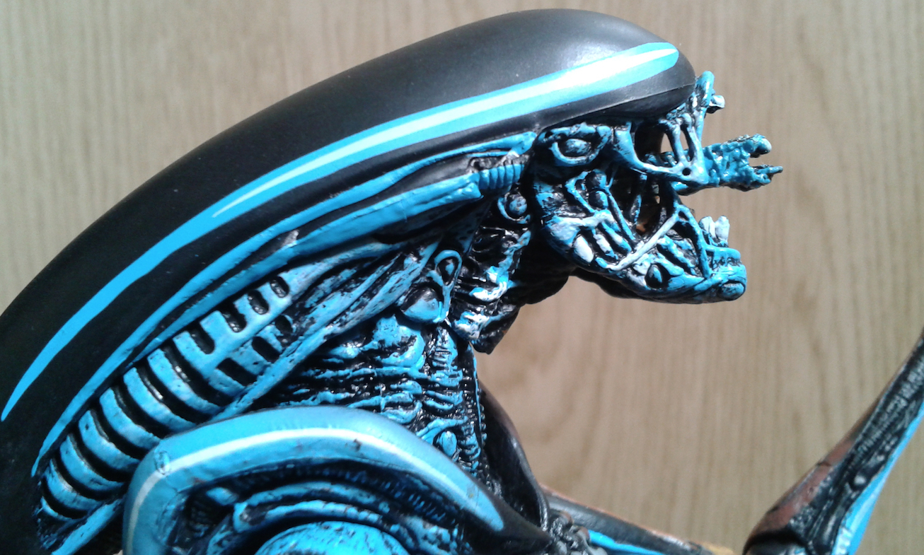 NECA Video Game Alien 3 Figure. Blue Head Detail