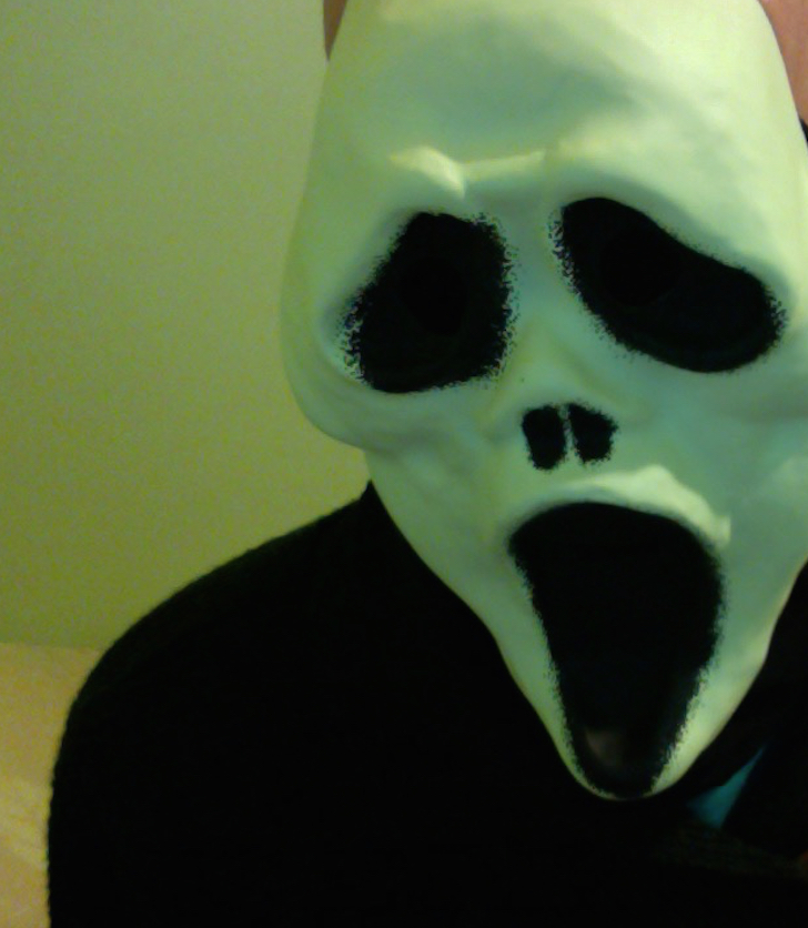 Cheap And Crappy Ghostface Mask Review 2015. Halloween Love