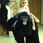 Lady & Kong