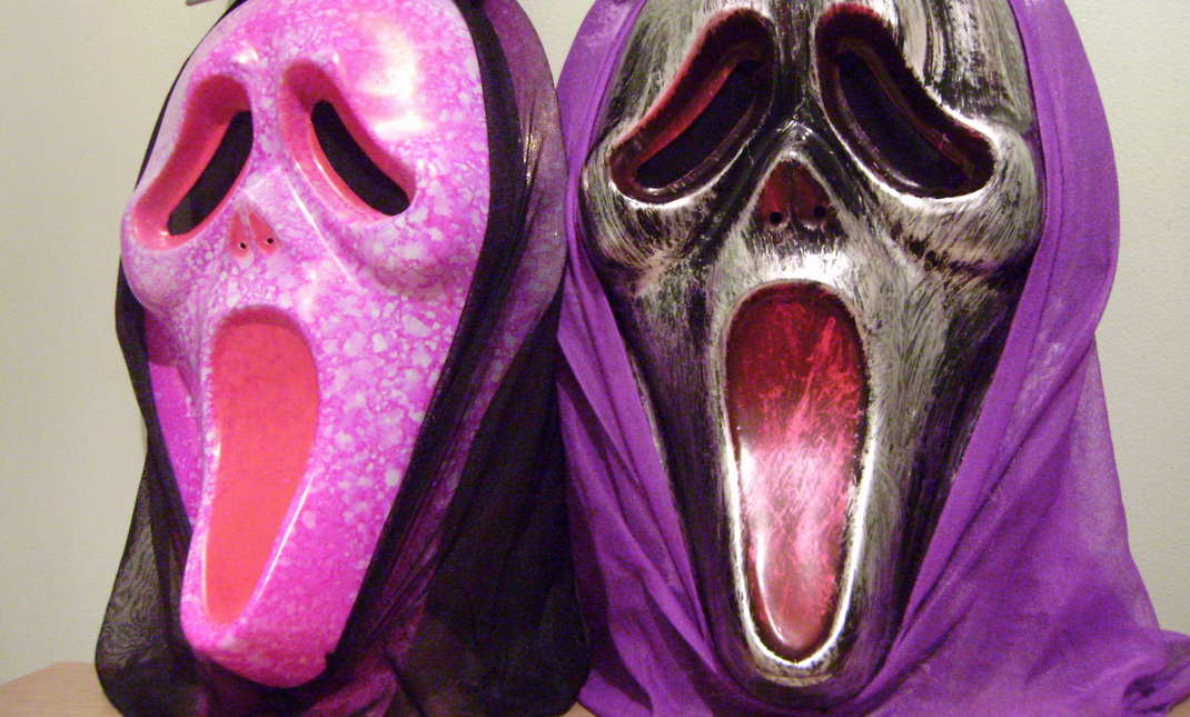 Cheap Pink And Silver Ghostface Masks - UK Retail.