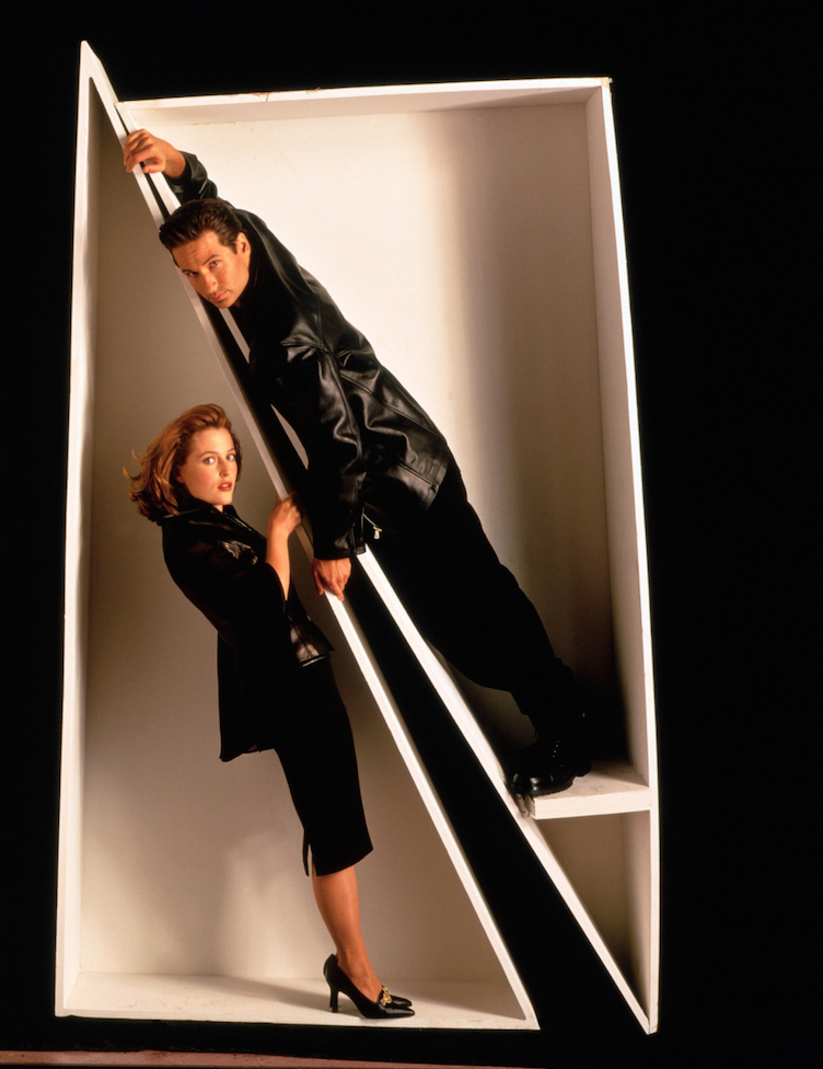 Crazy X-Files Cast Photos - Pic 6