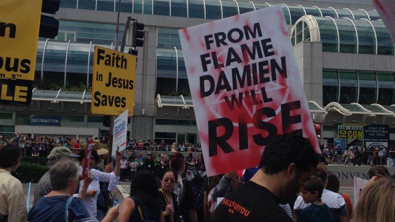 Damien Comic Con
