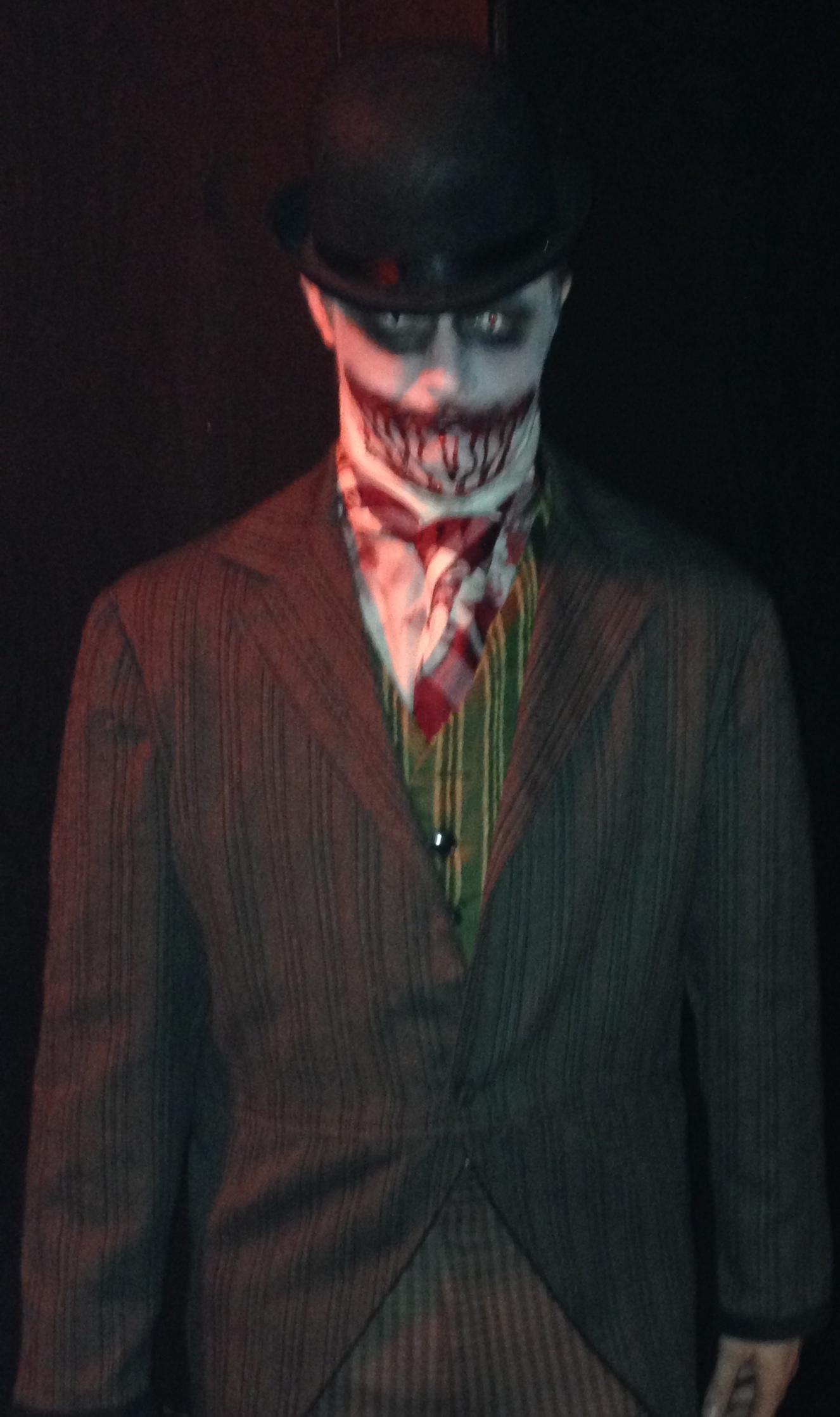 Halloween Costume Contest Love