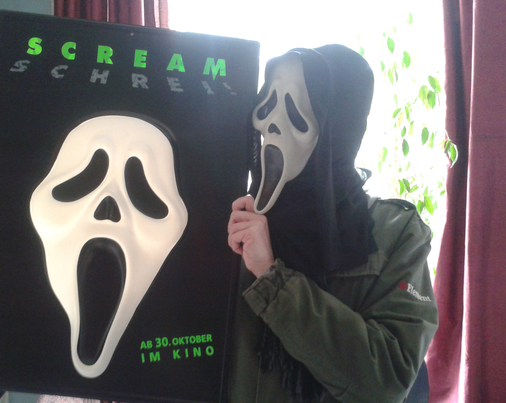 German 3D Scream Poster and a Strange Masked Dude!