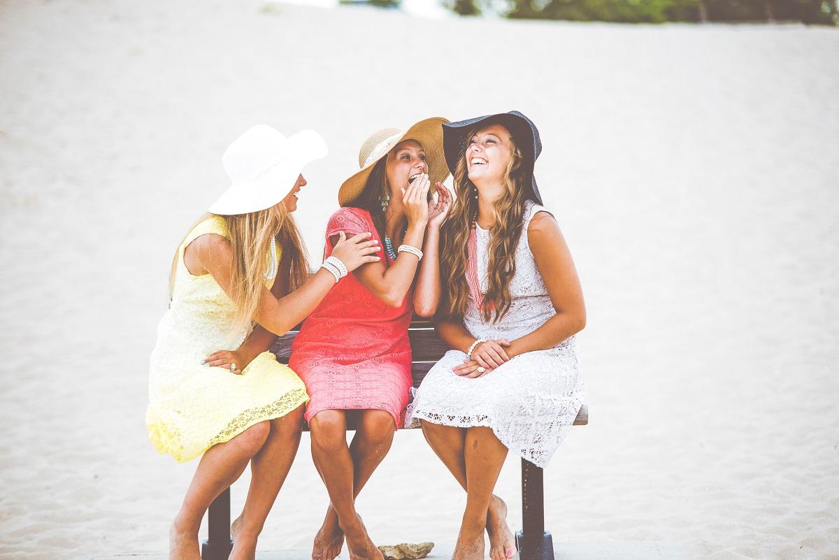 Gossiping Ninnies
