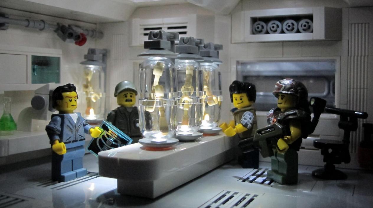 Lego Aliens: Medlab