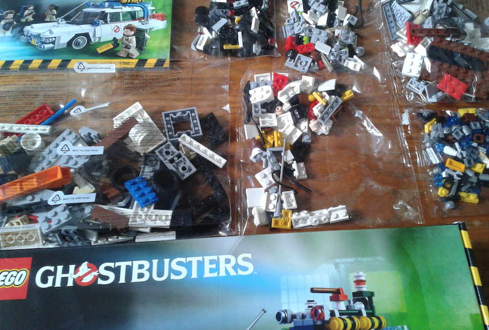 Lego Ecto-1 Box Contents And Lego Bags