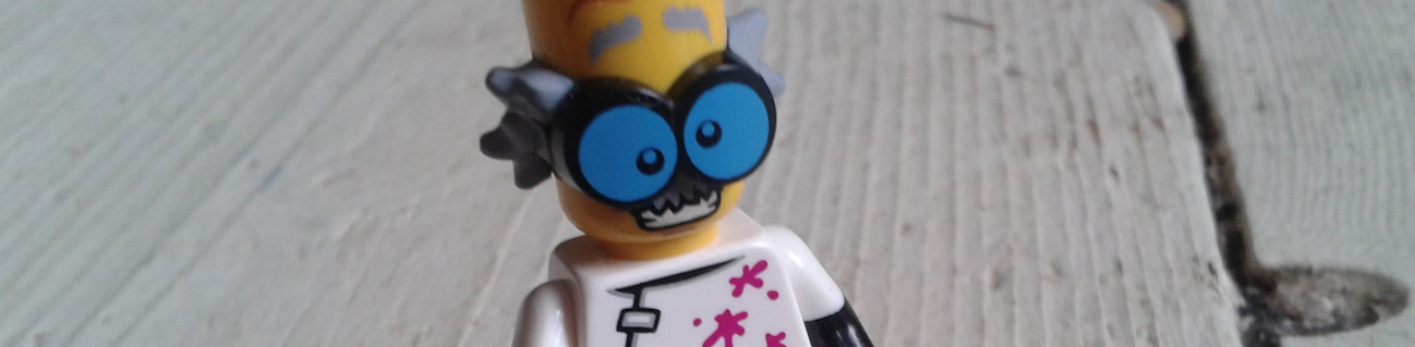 Lego Minifigures Review 2015 : Monsters Series