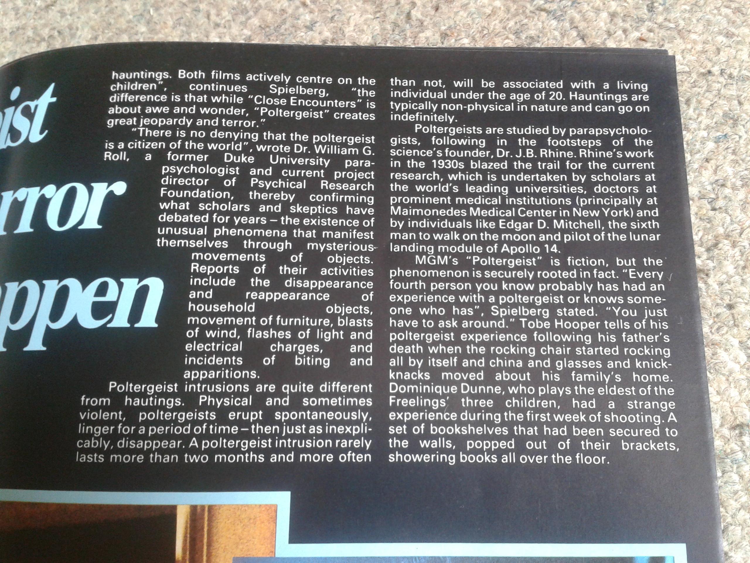 Poltergeist Poster Magazine Inside Detail 2