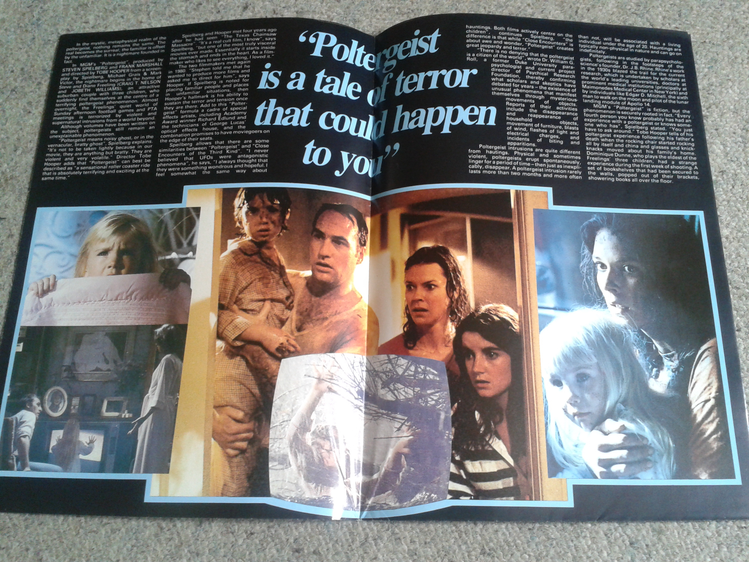 Poltergeist Poster Magazine Inside First Page