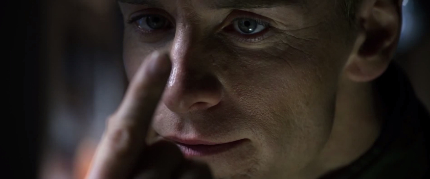 Prometheus : Michael Fassbender As David